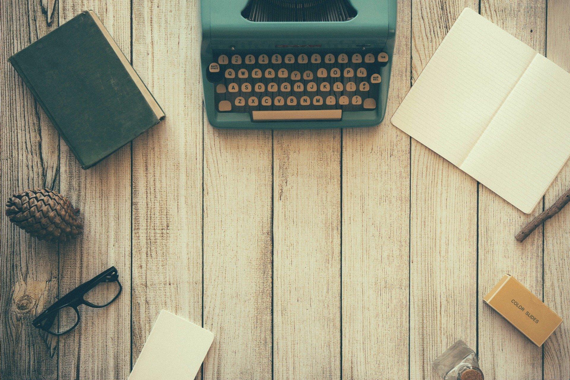 Pracovní stůl copywriter
